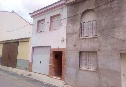Chalet in calle Victor Arellano 32 Bajo, nº 32
